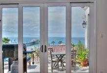 steklyannye-dveri-na-balkon-foto-1