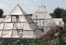 Теплица пирамида своими руками из поликарбоната: чертежи и схемы