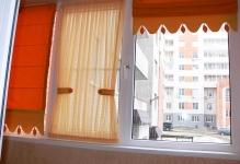 1480001822rimskie-shtory-s-gardinami-na-balkone