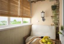 uyutno-oformlennyi-balkon