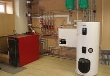 Montazh-kotlov-i-radiatorov-otopleniya