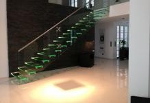 ALL-GLASS-STAIRCASE-WITH-LED-Glass-and-Stainless-Siller-Treppen-89623-rel2d4476f2