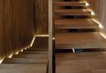 Staircase-Light-Feature