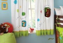 dizajn-shtor-v-detskuyu-komnatu-1024x1024