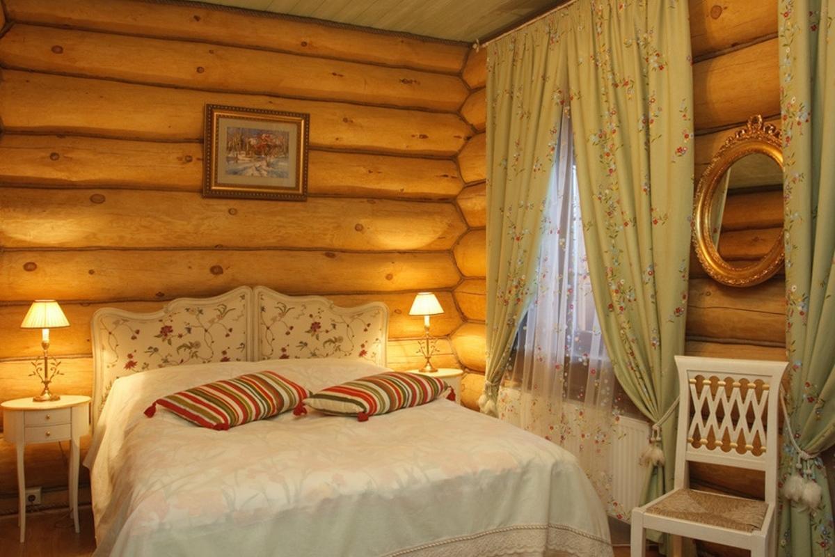 это шторы на даче в деревянном доме фото небольшие