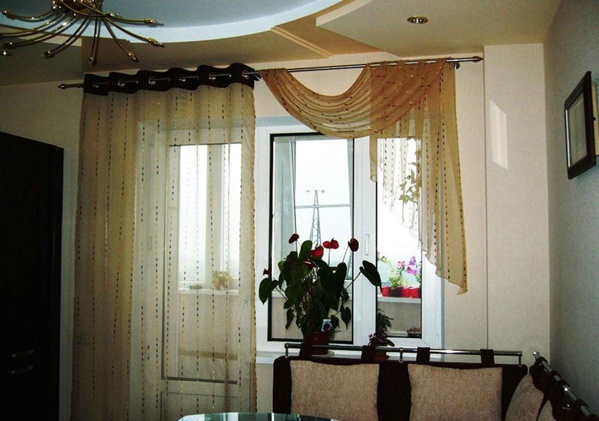 Шторы для окна с балконной дверью фото