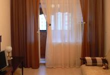 acme-shtory-dlya-okna-s-balkonnoy-dveryu002