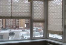 Rulonnye-shtory-na-lodzhiyu-ili-balkon-v-Novosibirske