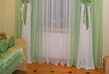 childrens-bedroom-curtains-green-and-white-2014