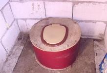 tualetderevenskijfoto4