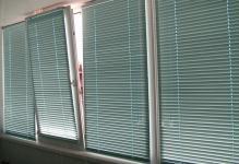 shtory-na-balkon-04