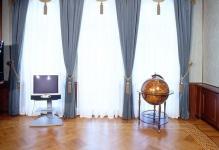 SHtory-s-lambrekenom-v-kabinet