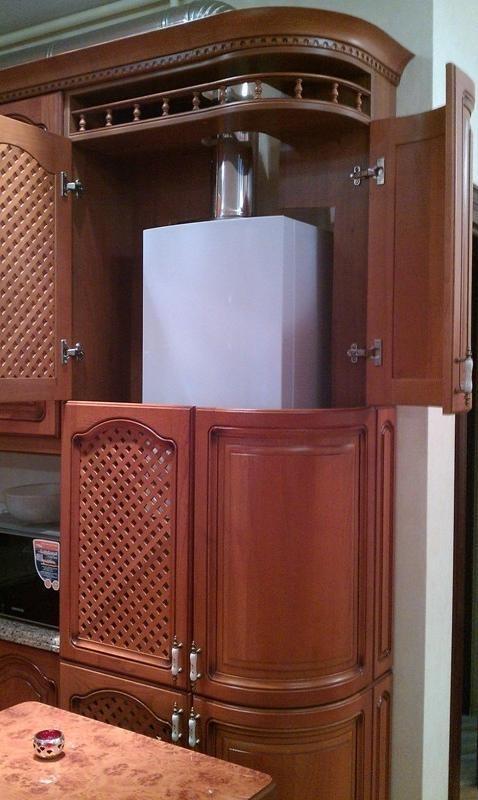 напольный газовый котел на кухне фото подготовке