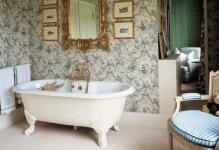 modern-bathroom-in-victorian-style