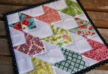 Chevron-Doll-Quilt-2-800x535