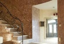 steny-holla-iz-dekorativnoj-shtukaturki
