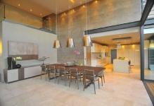 light-wood-floor-interior-design