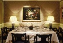 impressive-decoration-for-creative-modish-elegant-classic-dining-room-style