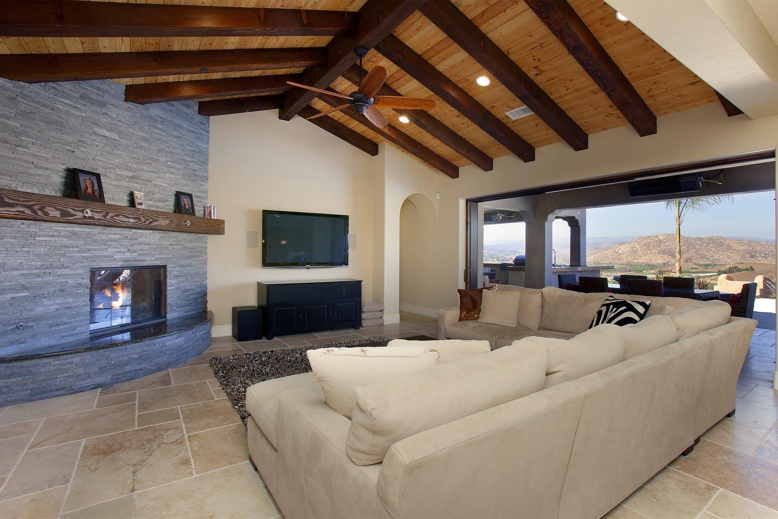 Фото дизайна балки на потолке