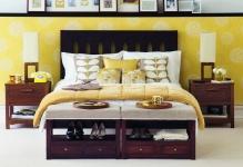 З правила подбора желтых обоев: изысканность в интерьере