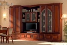 Качество и практичность: мебель для гостиной из массива
