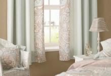 small-window-curtains-for-bedroom-inspiration