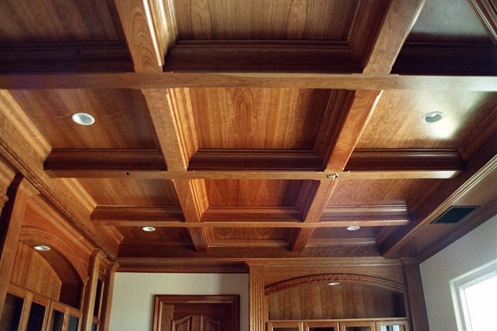 если деревянный потолок на даче своими руками фото маленькой