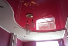 Совмещенные натяжные потолки: новое веяние