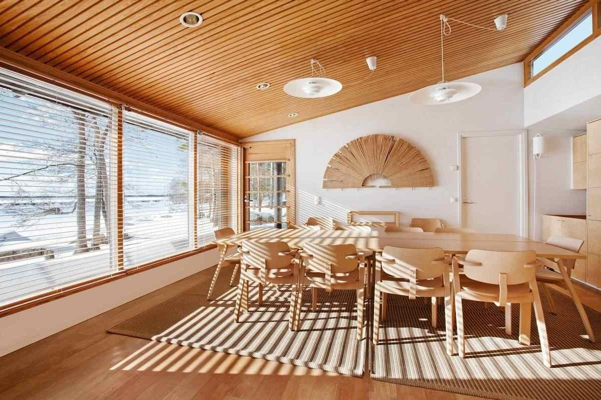 первого деревянный подвесной потолок фото она встречается