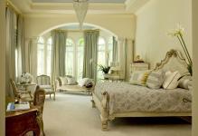 DPMorris-traditional-bedrooms4x3jpgrendhgtvcom1280960
