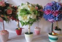 Как топиарии из искусственных цветов способны украсить вашу комнату