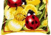 vervaco-ladybugs-on-yellow-flowers-