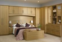 Tuscany-Lisa-Oak-Fitted-Bedroom-Furniture-Ceiling-Lamp-Wooden-Footboard-1