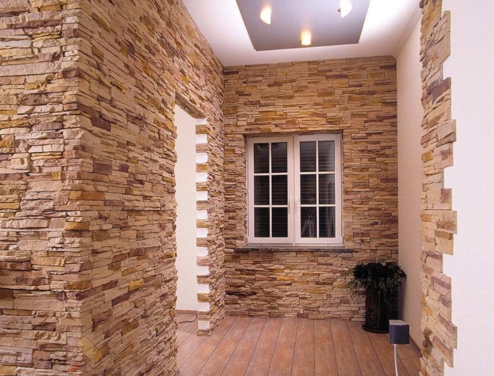 украшение декор коридора искусственным камнем фото декоративные панели