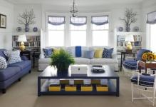 beach-style-living-room-8-min