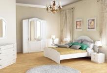 Вариант на все времена: белая мебель для спальни