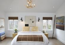 Chic-Bedroom-with-Wall-Sconces