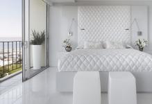 dizayn-beloy-spalni-v-sovremennom-stile-minimalizm