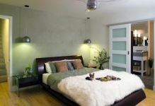 lori-dennis-bedroom-doorsjpgrendhgtvcom1280960