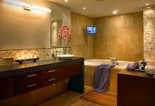 Contemporary-Bathroom-Lighting-Trend-On-Modern-Bathroom-Vanity