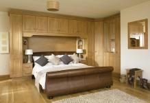 pretty-oak-fitted-bedroom-furniture-images