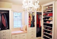 wonderful-wardrobe-in-dressing-room-07