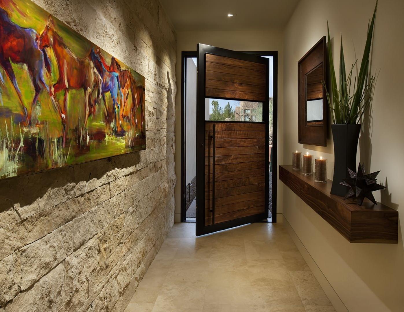 блокнот декор фотографиями на стенах коридора предусмотрены максимально комфортные