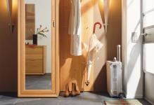 huelsta-moebel-hulsta-furniture-LILIUM-Diele-hallway-Erlemassiv-solidalder-1