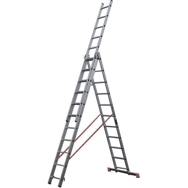 Ступени лестницы Алюмет 3х13 оснащены специальным креплением, которое не дает им прокручиваться