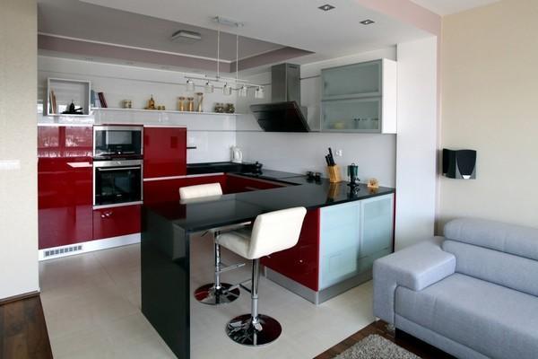 Кухня-гостиная является отличным решением для многих домов и квартир