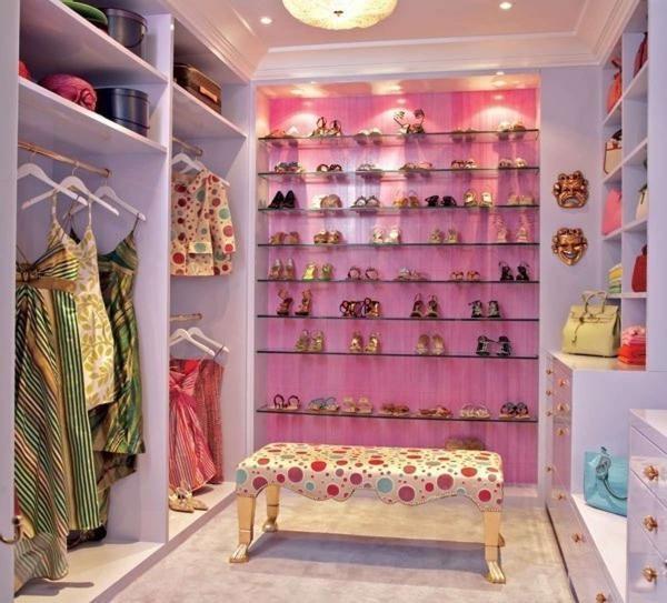 Выбор цветового варианта гардеробной будет зависеть только от ваших собственных предпочтений