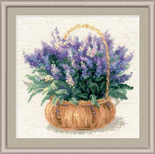 Картина с букетом лаванды станет приятным подарком для близких и отличным украшением интерьера