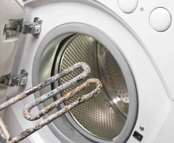 Первым делом следует точно определить поломку стиральной машины и решить, каким образом будет производиться ремонт