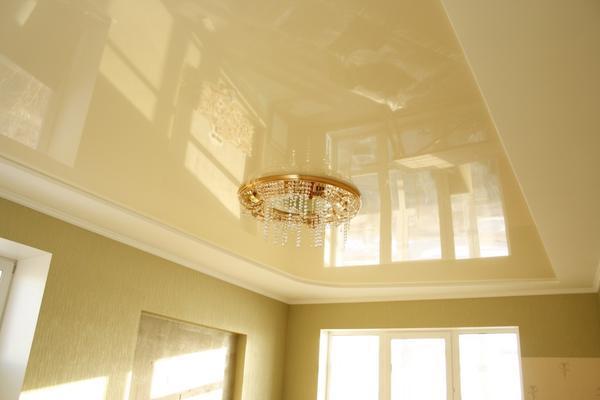 Гипсокартоновые плиты прекрасно подойдут для бюджетного варианта потолка